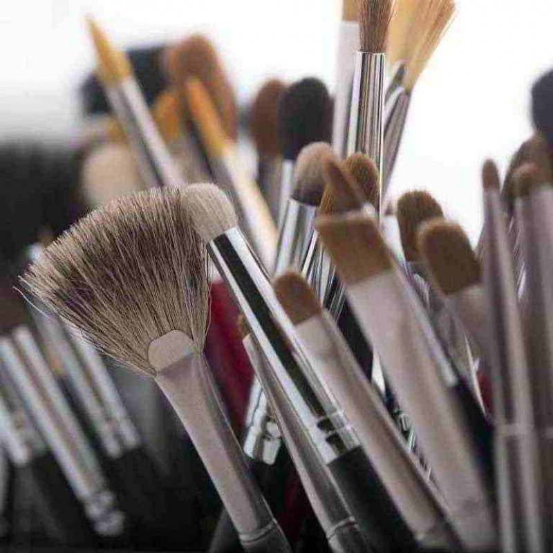 Brushes and cosmetic applicators