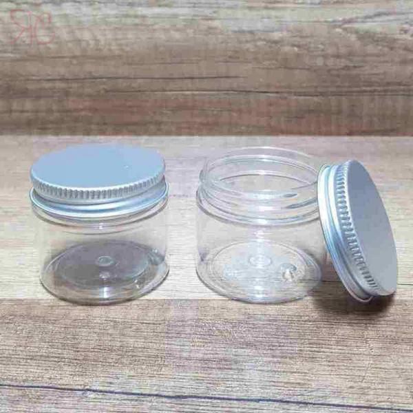 Cutie transparenta, capac argintiu, 50 ml